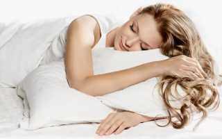 Полезно ли спать на животе